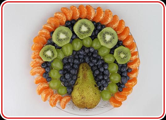 Step 3 - einen Pfau-Obstteller machen